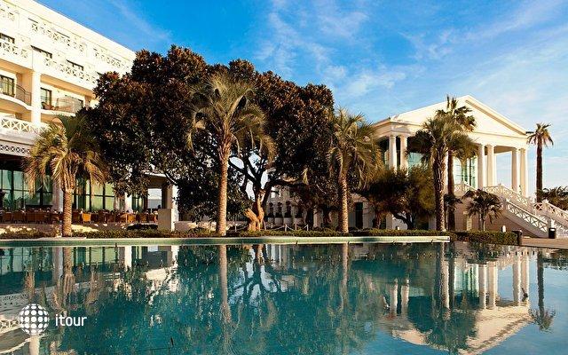 Las Arenas Balneario Resort 9