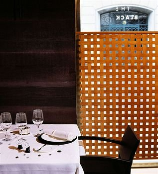 Gran Hotel Domine Bilbao 6
