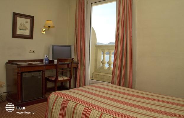 Hotel De Londres Y De Inglaterra 8
