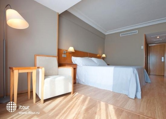 Tryp Orly 4