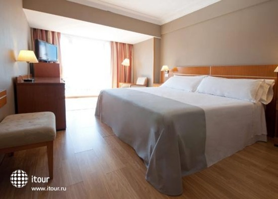 Tryp Orly 5