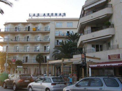 Pinero Las Arenas 4