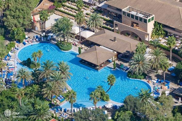 Pollentia Club Resort 9