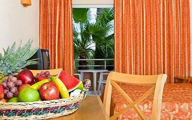 Aparthotel Thb Guya Playa 6