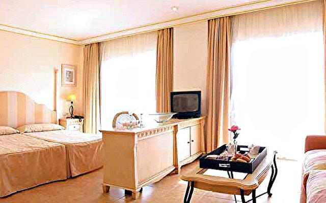 Vanity Suite 5