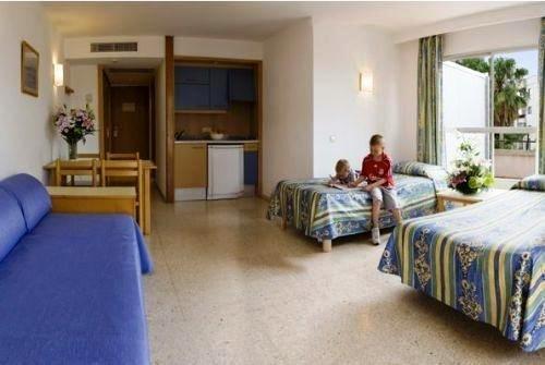 Ola Aparthotel Tomir 3
