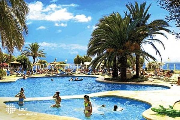 Playa Dorada 2