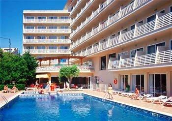 Azuline Hotel Bahamas 12