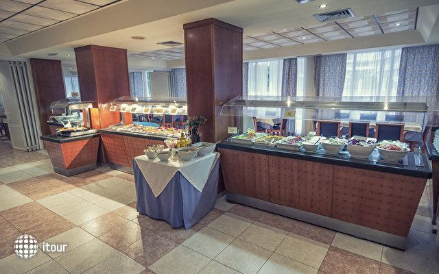 Azuline Hotel Bahamas 9