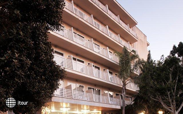 Azuline Hotel Bahamas 3