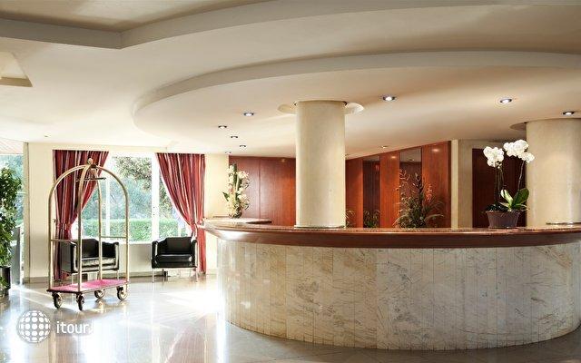 Azuline Hotel Bahamas 2