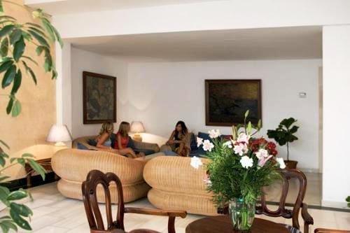 Sa Coma Playa Aparthotel 9