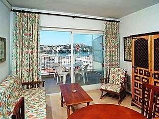 Apartamentos Deya 8