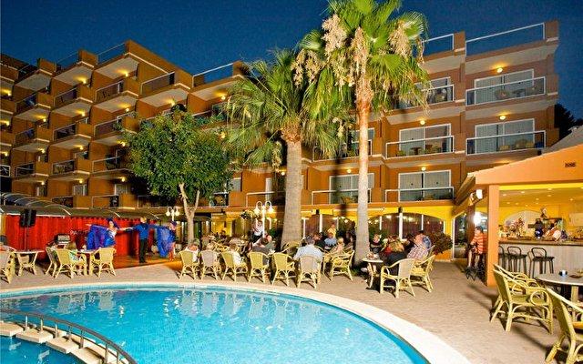 Paguera Beach Aparthotel 1