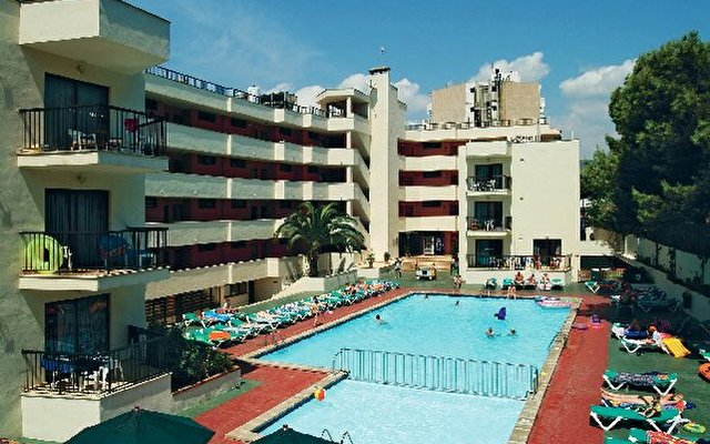 Waikiki Apartments 2