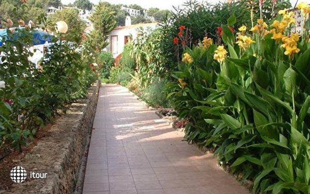 Galdana Gardens 4