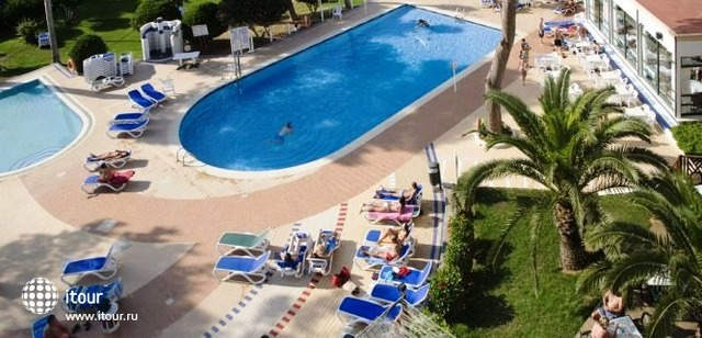 Hi Cala Blanca Hotel 2
