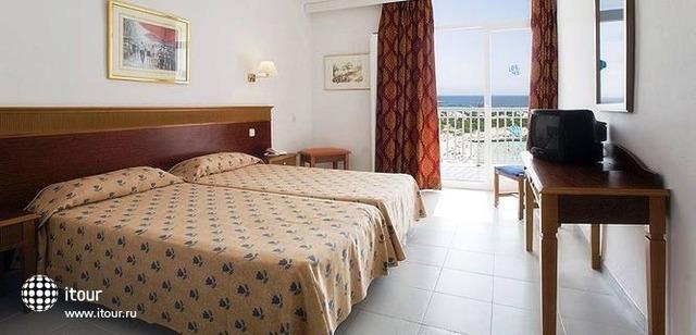 Hi Calan Bosch Hotel 3
