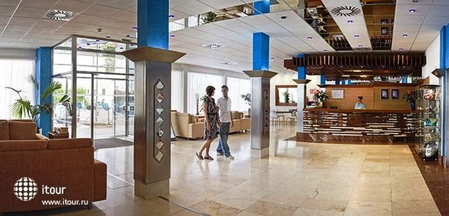 Hi Calan Bosch Hotel 10