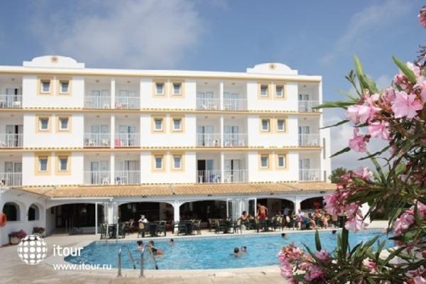 Hi Los Delfines Hotel 1