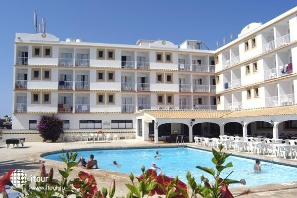Hi Los Delfines Hotel 9