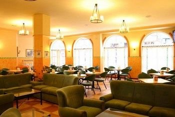 Gran Hotel La Perla 9