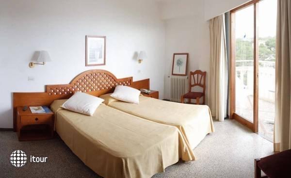 Pinos Playa Hotel 1