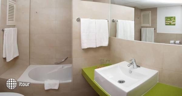 Pinos Playa Hotel 4