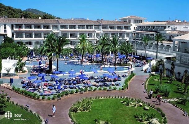 Beach Club Font De Sa Cala 1