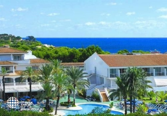 Beach Club Font De Sa Cala 7
