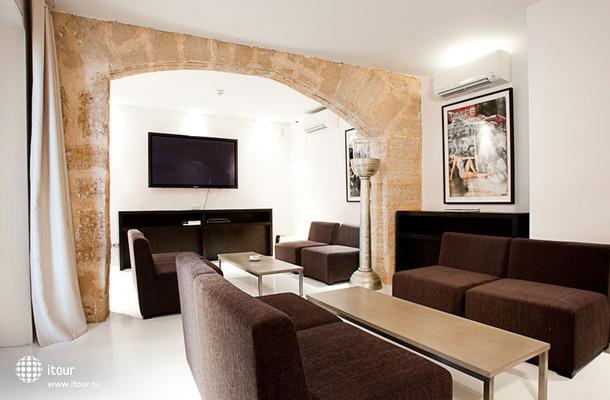 Puro Hotel 7