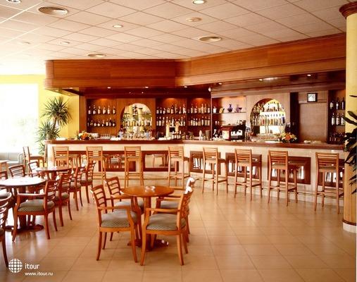 Paradise Club & Spa 4