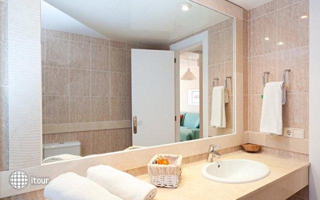 Fergus Style Cala Blanca Suites 5