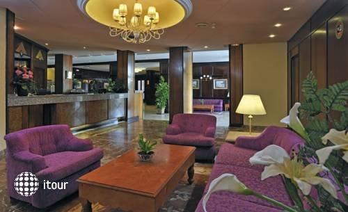 Globales America Hotel 5