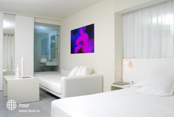 El Hotel Pacha 3