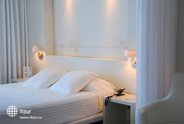 El Hotel Pacha 5