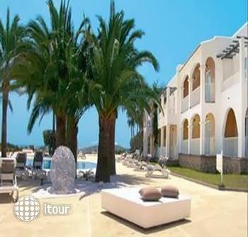 The One Ibiza Hotel 1