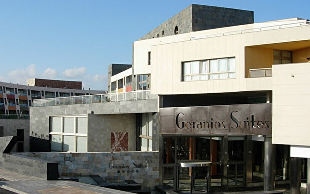 Geranios Suites & Spa  1