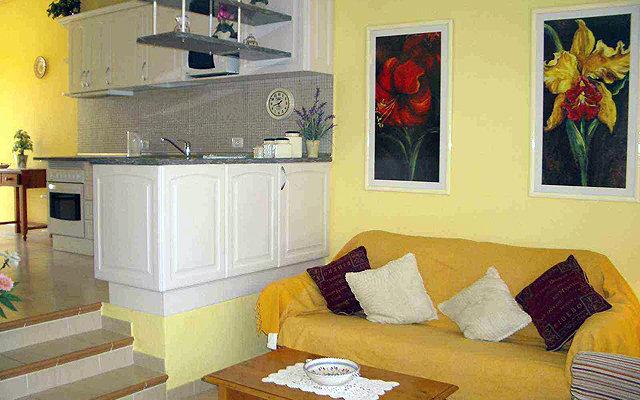 Apartamentos Hg Cristian Sur 10