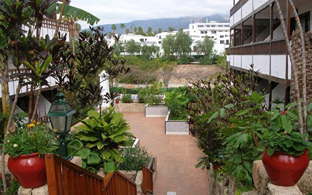 Hacienda Del Sol 3