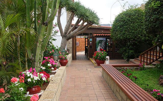 Hacienda Del Sol 5