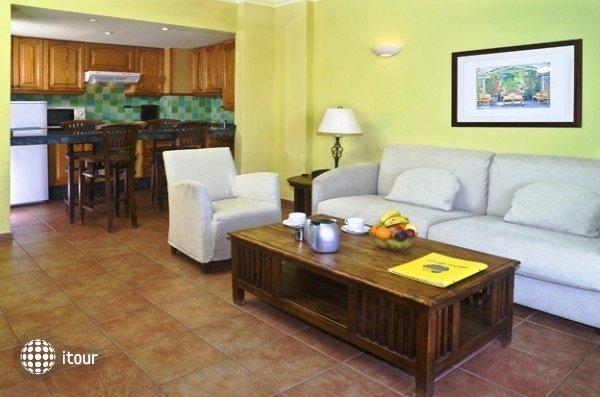 Hotel Blue Sea Callao Garden 5