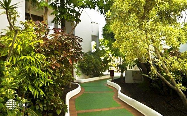Hotel Blue Sea Callao Garden 9
