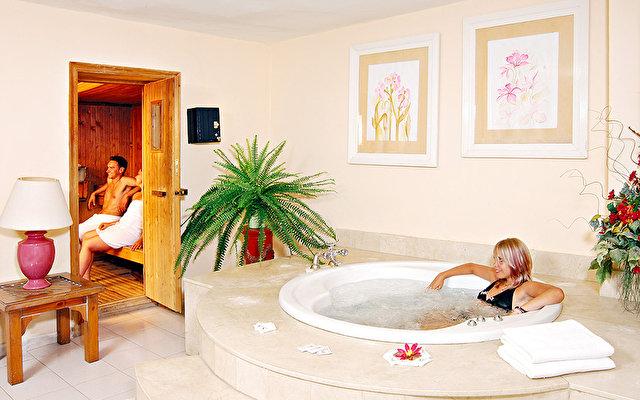 Adonis Resort Castalia - Brezos 9