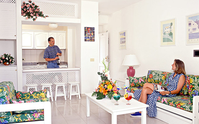Adonis Resort Castalia - Brezos 2