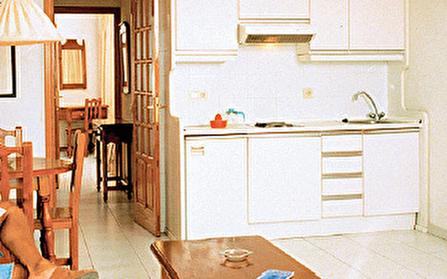 Playa Olid Apartments 9