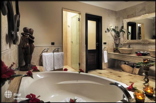 Royal Garden Villas & Spa 7