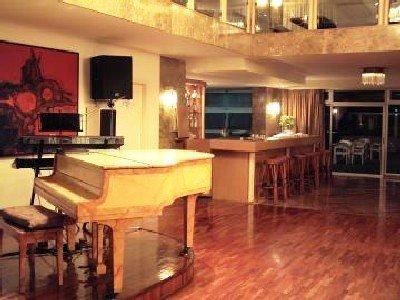Apartamentos Alta 5