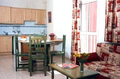 Apartamentos Alta 8