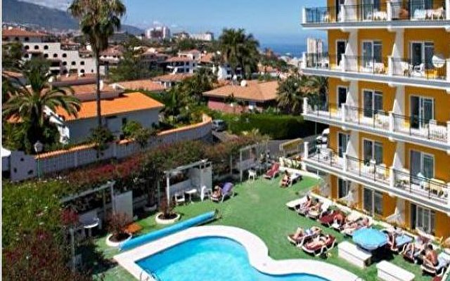 La Carabela Apartments 1